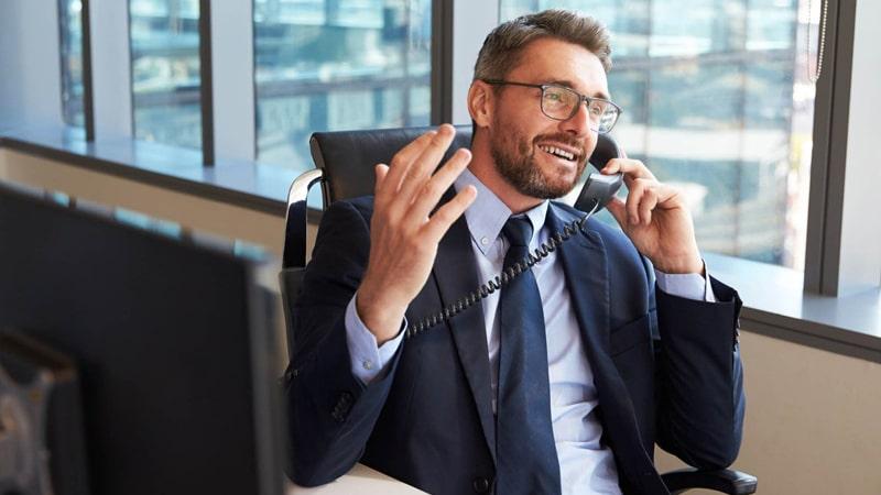 Мужчина самореализует себя на работе - почему
